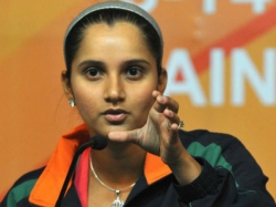 Sania Mirza Promotes One Plus 3t Using Her Iphone Gets Trolled On Twitter