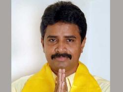 Tanuku Mla Radhakrishna Surrendered Gunmen