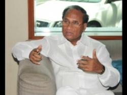 Kodela Sivaprasada Rao On Jagan Chamber Water Leakage Issue