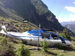 One Killed As Helicopter Crashes Badrinath