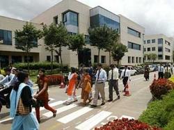It Cos Aggressive On Hiring Despite Layoffs Study