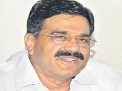 Chandrababu Has Lost Mental Balance Says Vennapusa Gopal Reddy