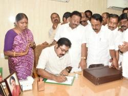 Dinakaran Faction Mlas May Be Vote Against Bjp Candidate Ra
