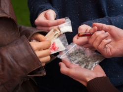 Drugs Racket Girl Among Nigerian Gang Arrest