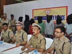 Vijayawada Police Solve Gold Heist Case Arrests Seven Ten Accused