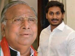 V Hanumantha Rao Fires At Bhumana Karunakar Reddy