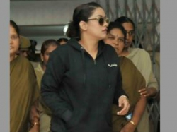 Sit Officers Questioning Mumaith Khan