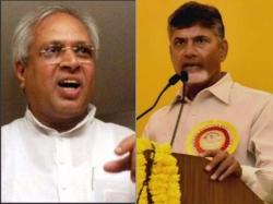 Undavalli Arun Kumar Lashes At Babu Government