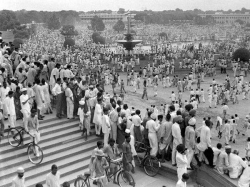 Birth India S Freedom How Major Newspapers Headlined Independence 70 Years