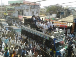 Why People Came Lately Jagan S Road Show