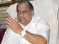 Once Again Police Stops Mudragada Padmanabham Padayatra
