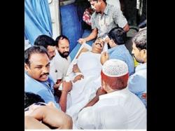 Telangana Ruckus At Independence Day Fete Spoils Mood