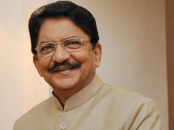 Aiadmk Merger Tamil Nadu Governor Ch Vidyasagar Rao Leave Chennai