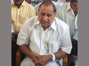 Ov Ramana Gives Shock Mudragda Padmanabham