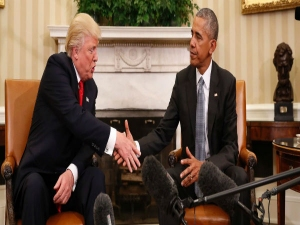 Donald Trump Shows Off Beautiful Letter Barack Obama Left