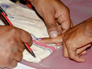 Maharashtra Zilla Parishad Civic Elections 2017 Fake Fingers For Fake