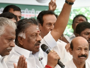 Panneerselvam Teachers Wife Wrote Letter On Him A Daily