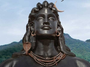 Pm Narendra Modi Unveil First 112 Feet Shiva Idol At Isha Foundation