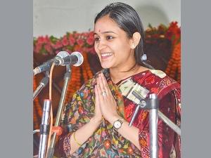 Is Mulayam Singh Yadavs Daughter Law Aparna Yadav Open Joining Bjp