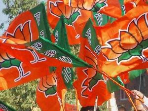 In Karnataka Bjp Will Win 129 150 Seats Says Survey