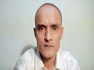 Kulbhushan Jadhav S Mother Petitions Pakistan His Release