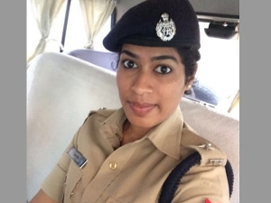 Bjp Mla Lady Ips Officer Level Allegations At Each Other Go