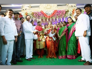 Cm Kcr Family Grandly Held Their Worker S Marriage