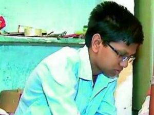 Samosa Maker S Son From Kukatpally Takes Top Rank Eamcet