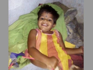 Telangana Girl Who Fell Into Borewell Still Trapped Rescue On
