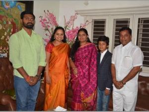 Tauk President Pavitra Kandi Met Mp Kavita On Her Hyd Visit