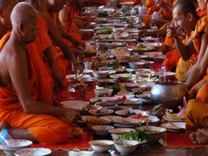 Astrologer Tells About Monks Fast