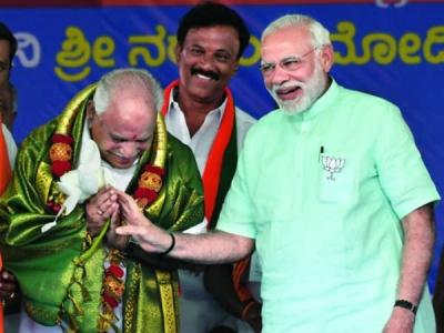 మోడీ తరహలోనే యడ్యూరప్ప:  విధానసభ వద్ద భావోద్వేగం
