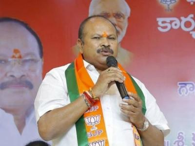 'కన్నా లక్ష్మీనారాయణ దెబ్బకు ఏపీలో బీజేపీ ఖాళీ'