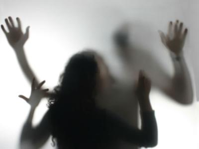 18 ఏళ్ల విద్యార్థితో పెళ్లయిన మహిళా టీచర్ సెక్స్